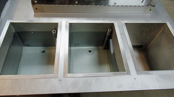 Process tanks for static dip, ultrasonic rinse and heated dry in wet bench
